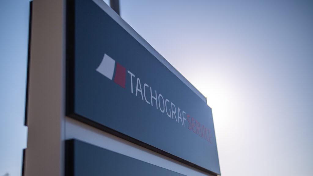 Tachografservice skilt i Odense